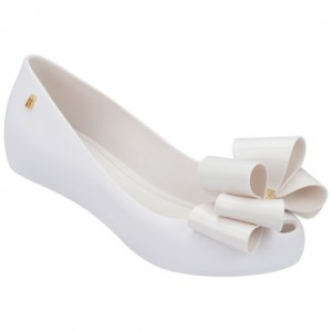 MINI MELISSA  JUNIOR SWEET ULTRAGIRL WHITE SSN SSK KIDS  .